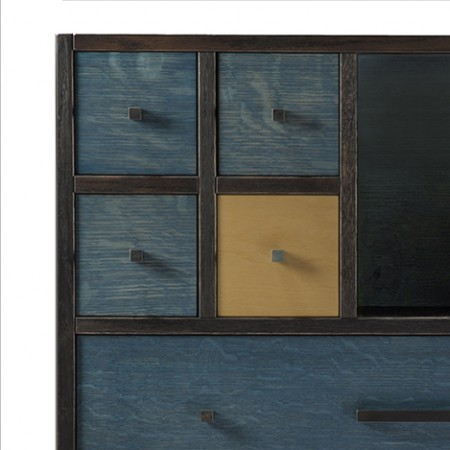 Tansu Blue Detail